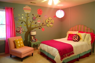 My Tween's Big, Fat, Super Awesome Room Makeover!