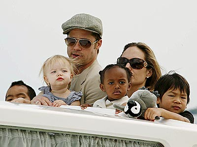 Post image for Angelina Jolie &amp; Brad Pitt Dont Let Their Kids Google ThemAnd For Good Reason