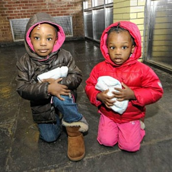 UPDATE: Mom Who Abandoned Young Daughters On Brooklyn Street Corner Is Caught