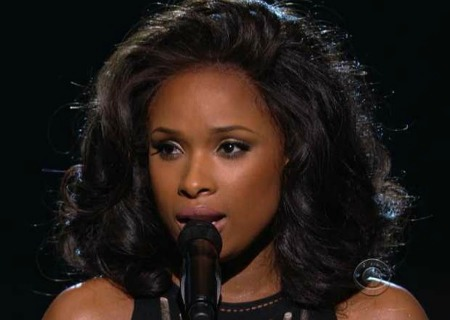 Jennifer Hudson's Grammy Awards Tribute To Whitney Houston (Video)
