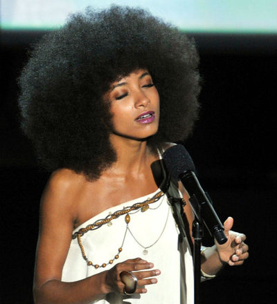 "Esperanza Spalding's ""What A Wonderful World"" At the Oscars (Video)"