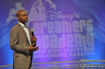 Dr. Ian Smith Dishes Healthy Living at Disney's Dreamers Academy