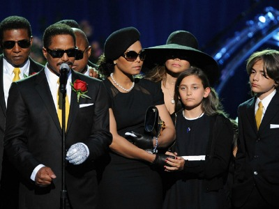 Katherine Jackson & the Jackson Family Values: A Billion Dollars Worth Of Mess