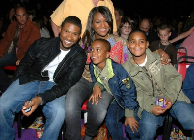 Usher Custody Battle After Stepson's Accident, Plus: News On Zimmerman, Sandusky & More Fresh Links